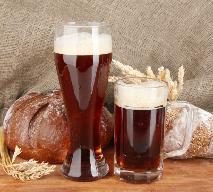 Jak zrobić domowy kwas chlebowy - sprawdzony przepis na orzeźwiający napój z chleba razowego