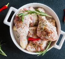 Pieczony kurczak z kiszoną cytryną: przepis na aromatyczny obiad