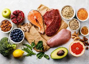 Co jeść po przebyciu COVID-19? Dieta ozdrowieńca: składniki odżywcze i łatwe przepisy