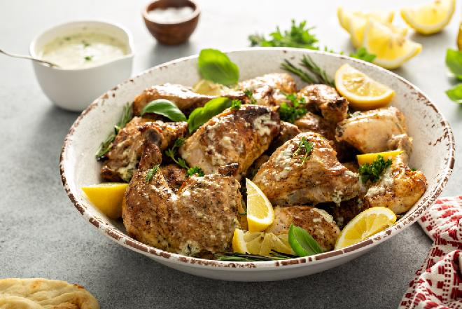Nogi kurczaka pieczone w sosie musztardowym: proste wykonanie, rozkosz dla podniebienia