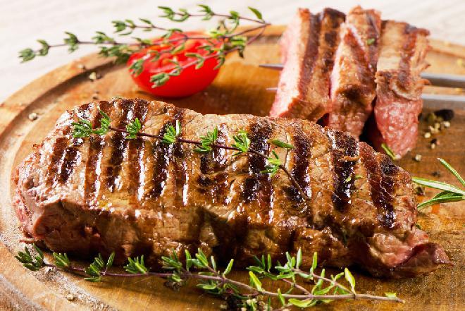Jak grillować wołowinę - porady i najlepsze przepisy
